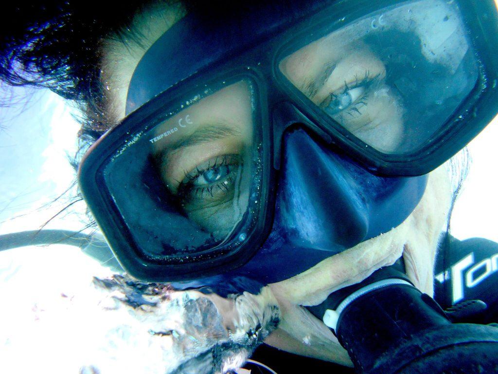 Diver eyes